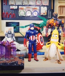 Milujete komiksy a akční hrdiny? Neutrácejte a vyrobte si vlastní figurky!